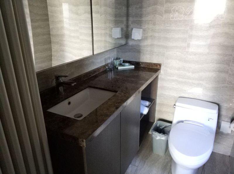 国贸世纪酒店式公寓盥洗室