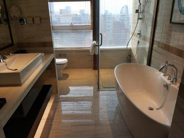 佳兆业铂域行政公寓盥洗室