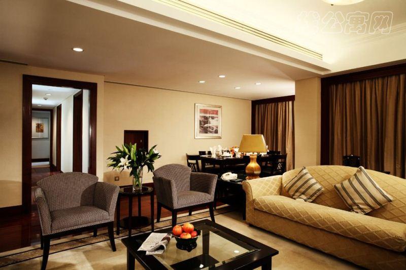 瑞吉公寓起居室