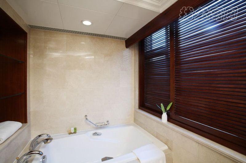 瑞吉公寓浴室